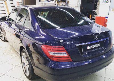 Mercedes C180 — тонировка по кругу 65% затемнения пленкой PREMIUM класса Llumar