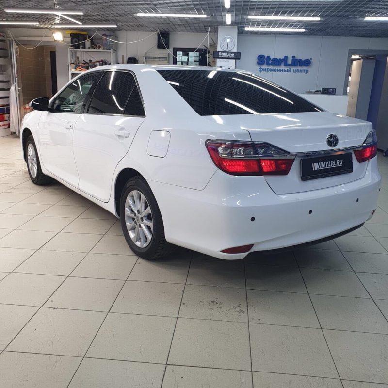 Toyota Camry v55 — оклейка автомобиля пленкой белый глянец