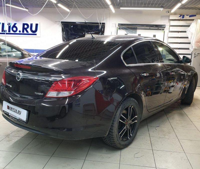 Тонировка стекол автомобиля Opel Insignia пленкой Shadow Guard