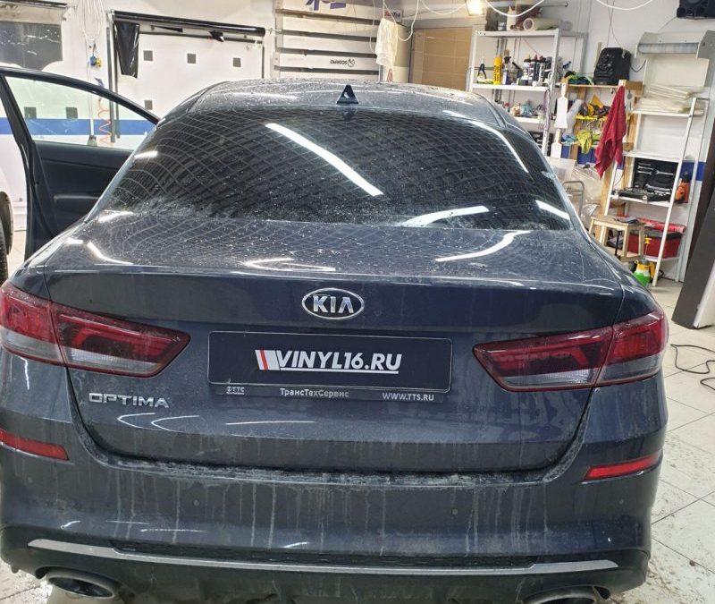 Тонировка стекол автомобиля Kia Optima пленкой Johnson