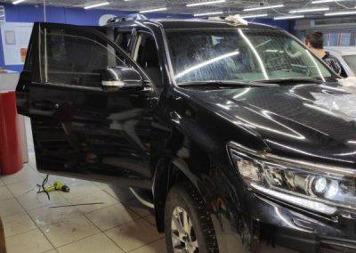 Toyota Land Cruiser Prado — тонировка стекол автомобиля пленкой Llumar