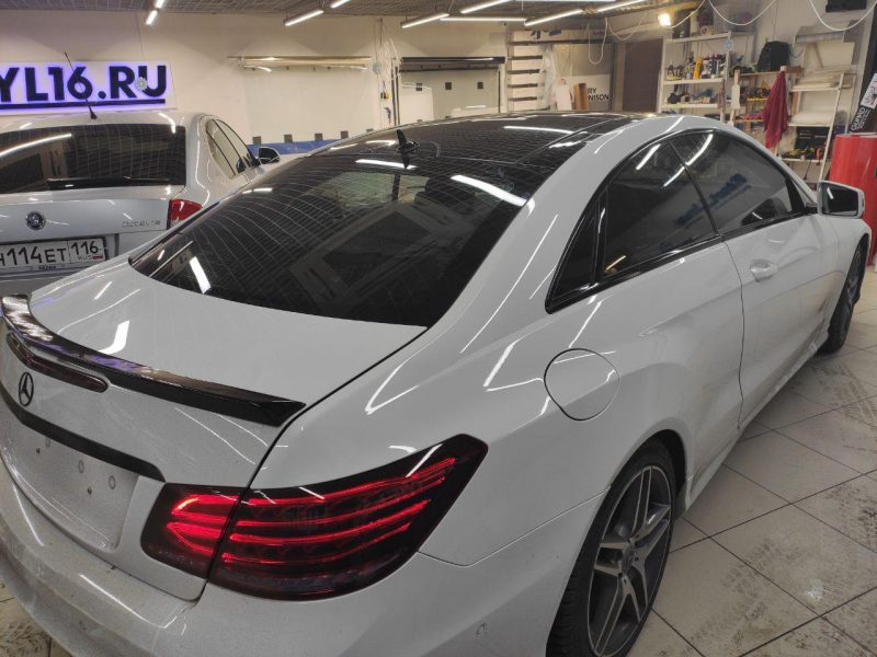 Mercedes-Benz E-Class Coupe — тонировка по кругу пленкой UltraVision
