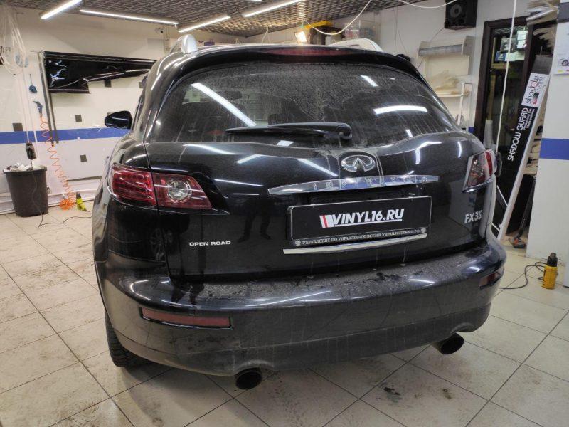 Infinity FX35 — тонировка задних фар автомобиля