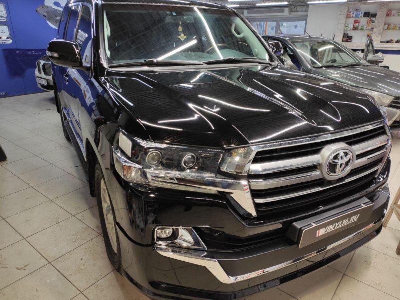 Toyota Land Cruiser — комплексное бронирование кузова автомобиля полиуретановой пленкой HogoMaku