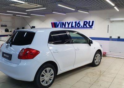 Toyota Corolla — оклейка кузова пленкой белый глянец