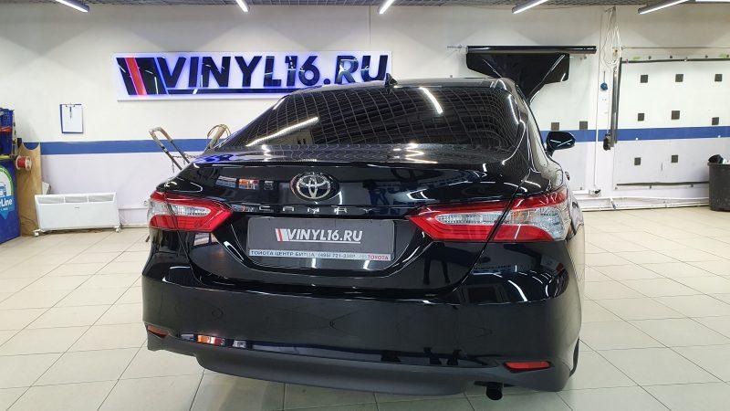 Toyota Camry — тонировка задней полусферы в 2 слоя пленкой Shadow Guard 95