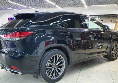 Lexus RX300 — тонировка задних стекол авто пленкой Llumar