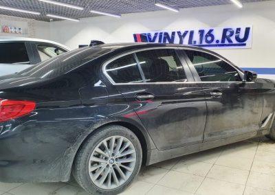 Тонировка боковых стекол автомобиля BMW 5 серии пленкой Shadow Guard 85%
