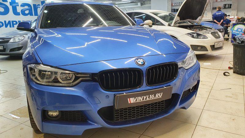 BMW 3 серии — тонировка  задней полусферы и боковых стекол пленкой Johnson 95