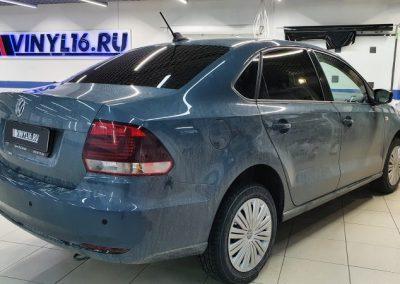 Volkswagen Polo — тонировка задней полусферы ShadowGuard 95, установка парктроников и StarLine A93