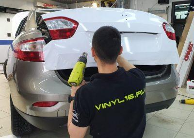Renault Fluence — оклейка автомобиля пленкой белый глянец