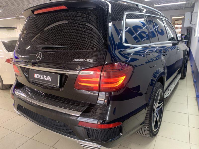 Тонировка стекол автомобиля Mercedes-Benz GLS пленкой Llumar