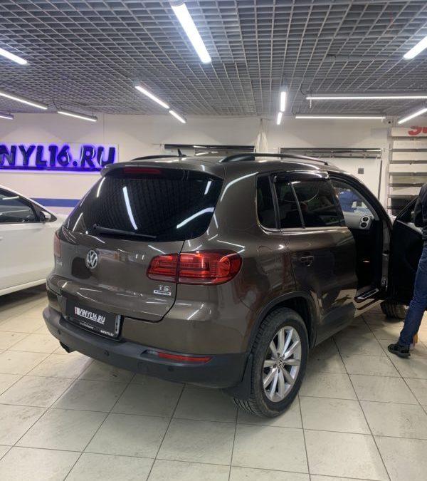 VW Tiguan — тонировка боковых стекол автомобиля