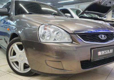 Ремонт вмятины без покраски на заднем крыле автомобиля Лада Приора