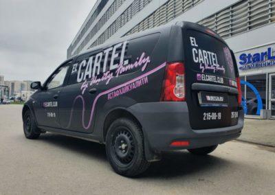 LADA Largus — оклейка кузова в черную матовую пленку брендирование автомобиля