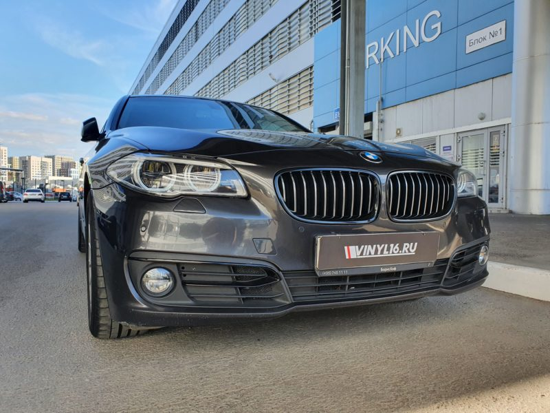 Выполнили антихром на автомобиле BMW 530D