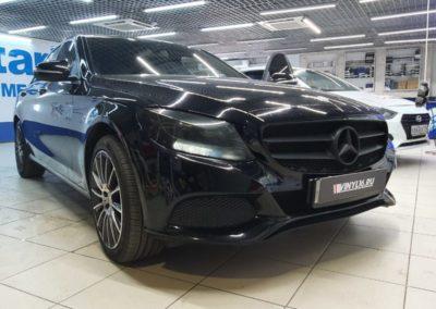 Mercedes-Benz W204 — тонировка боковых стекол пленкой Shadow Guard 95