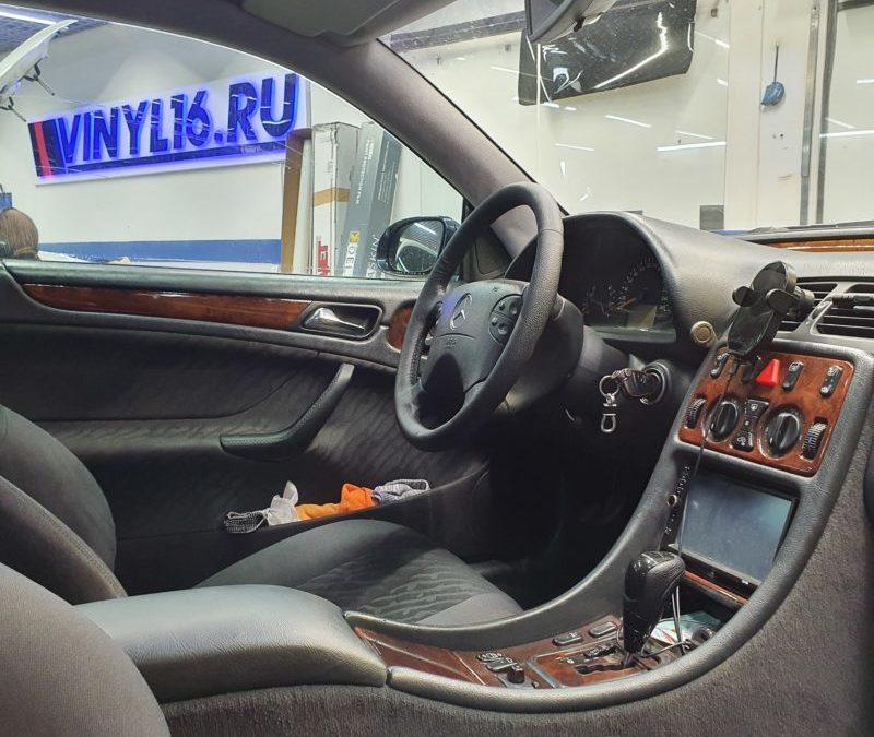 Mercedes CLK W208 — тонировка боковых стекол пленкой Shadow Guard 65%