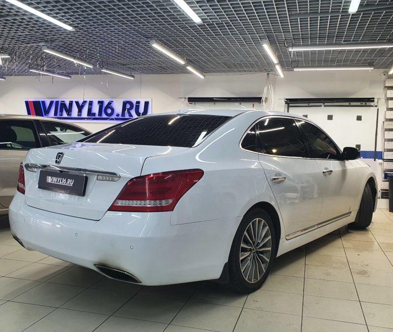 Hyundai Equus — тонировка задних стекол и передних боковых пленкой LLumar 95