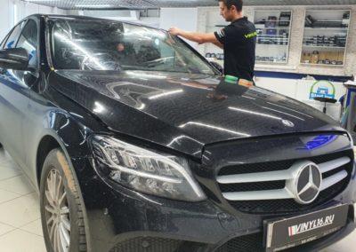 Mercedes C180 — бронирование лобового и оптики автомобиля