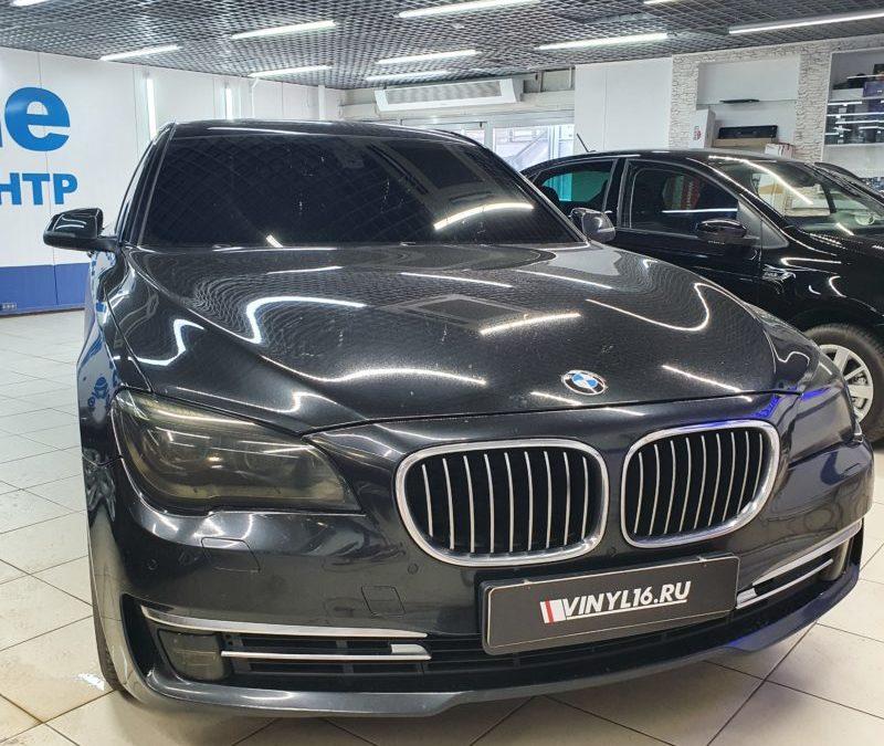 BMW 7 — тонировка лобового стекла пленкой Shadow Guard 95%