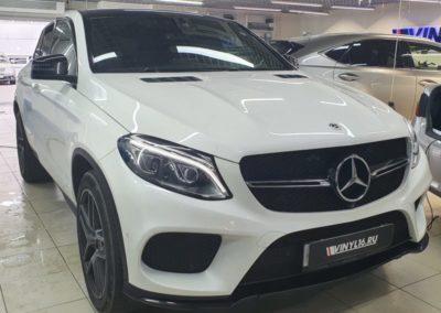 Тонировка стекол автомобиля Mercedes GLE пленкой LLumar