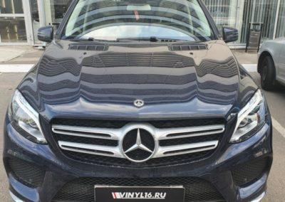 Mercedes GLE — установка разнесенного антирадара, бронирование фар и лобового стекла
