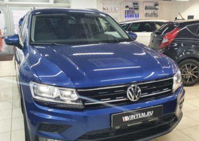 VW Tiguan — тонировка задней полусферы пленкой LLumar 95%