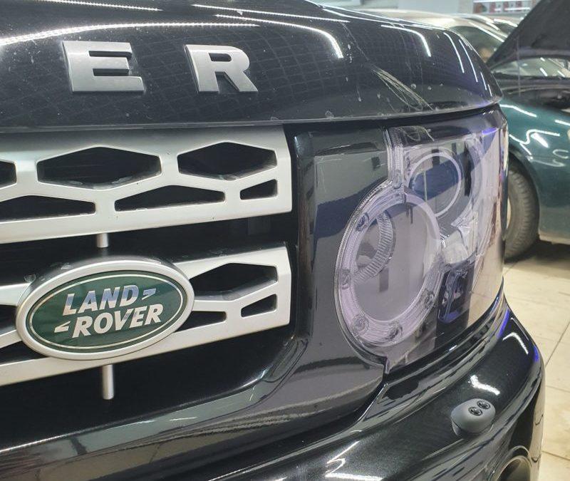 Land Rover Discovery — передние фары забронировали пленкой светлый STEK, задние фонари темный STEK
