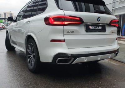 BMW X5 — комплексное бронирование и тонировка задней полусферы пленкой LLumar 95