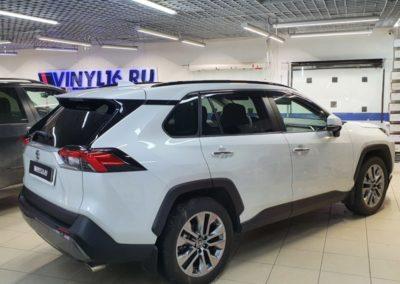Полное бронирование нового Toyota RAV4 полиуретановой пленкой DeltaSkin Moleckula