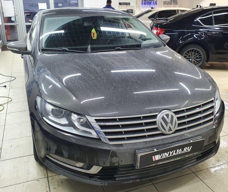 VW Passat CC — полировка и бронирование фар автомобиля