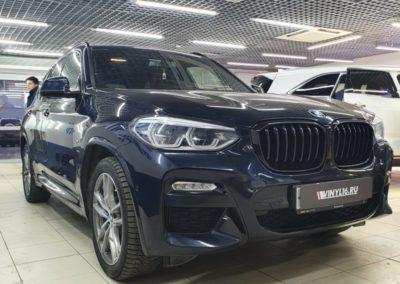 BMW X3 — оклейка ноздрей(решетки радиатора) пленкой черный глянец