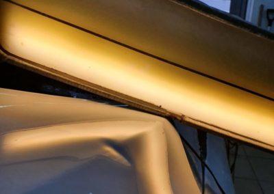 Ремонт вмятины без покраски на капоте автомобиля Ford Focus