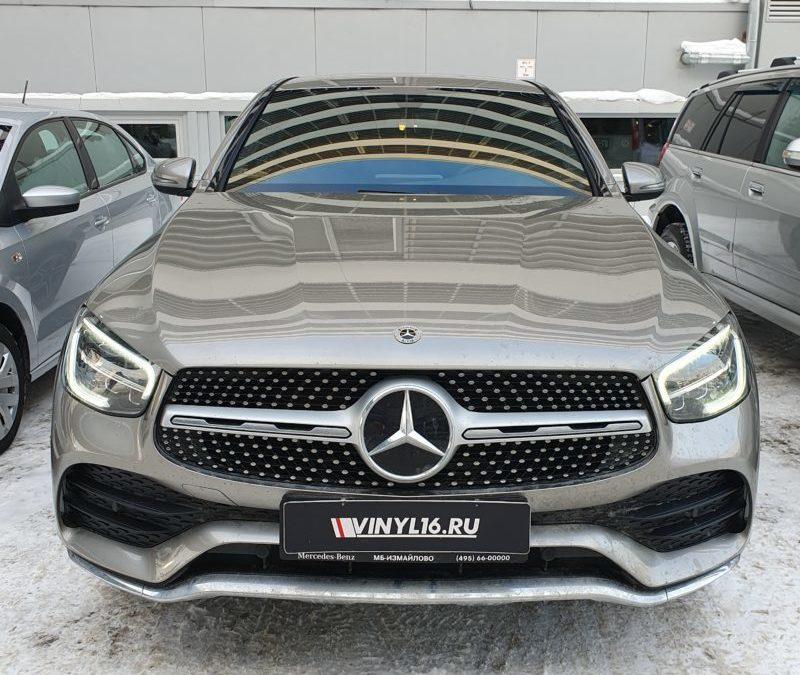 Mercedes GLC 300D — бронирование зон риска полиуретановой пленкой, тонировка стекол пленкой LLumar
