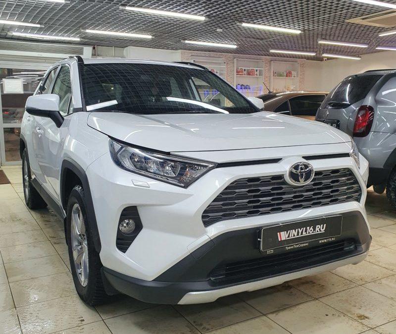 Бронирование кузова автомобиля Toyota RAV4