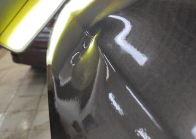 LADA Granta — ремонт вмятины с замятием на крышке багажника