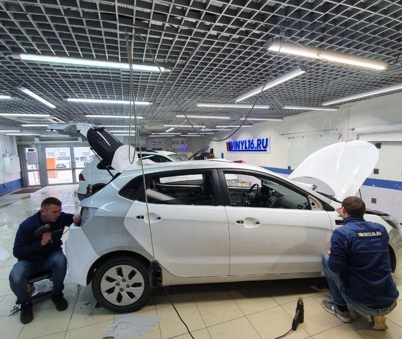 Переклейка автомобиля после неудачной мойки под высоким давлением