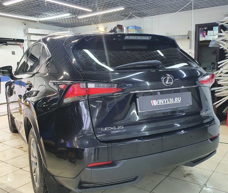 Тонировка задних стекол Lexus NX200 пленкой Johnson 95