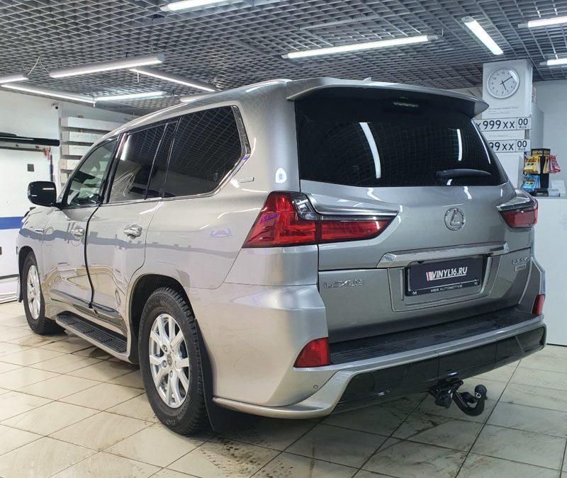 Lexus LX570 — тонировка стекол автомобиля пленкой LLumar 95%