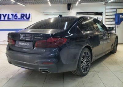 BMW 5 серии — тонировка стекол атермальной пленкой UltraVision с голубым оттенком