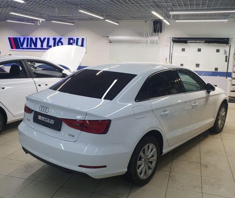 Тонировка стекол автомобиля Audi A3 пленкой Llumar