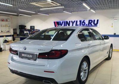 BMW 5 — комплексное бронирование полиуретановой пленкой, бронирование лобового стекла