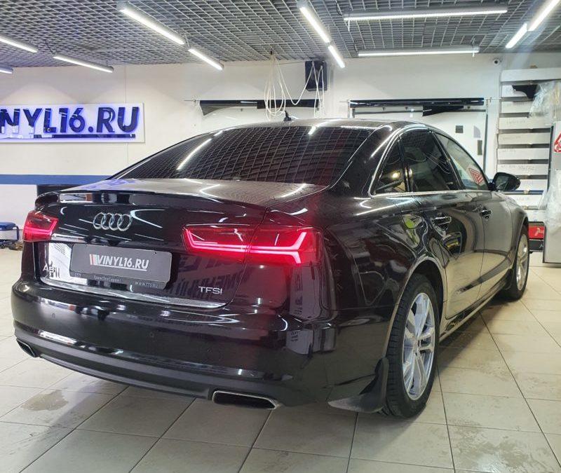 Тонировка стекол автомобиля Audi A6 пленкой Llumar