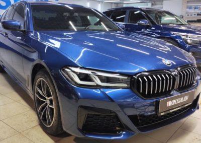BMW 5 серии — комплексное бронирование полиуретановой пленкой, антихром решетки, тонировка задней полусферы LLumar 95