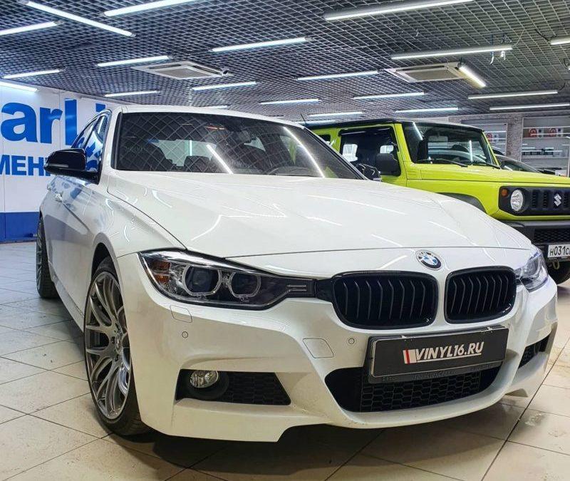 Тонировка боковых стекол автомобиля BMW 3 серии атермальной пленкой 3M