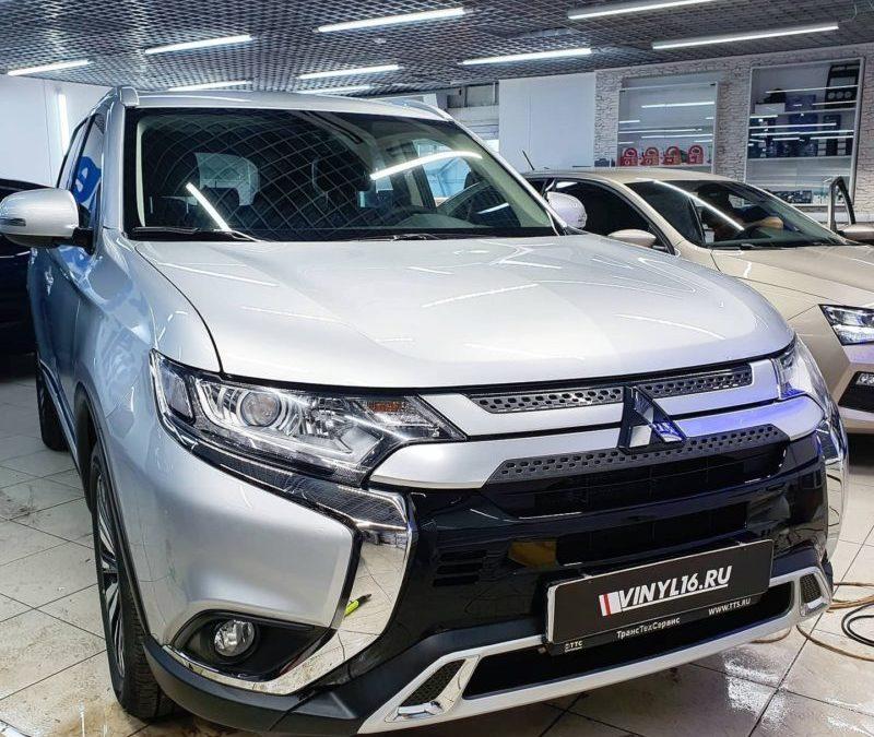 Бронирование кузова автомобиля Mitsubishi Outlander