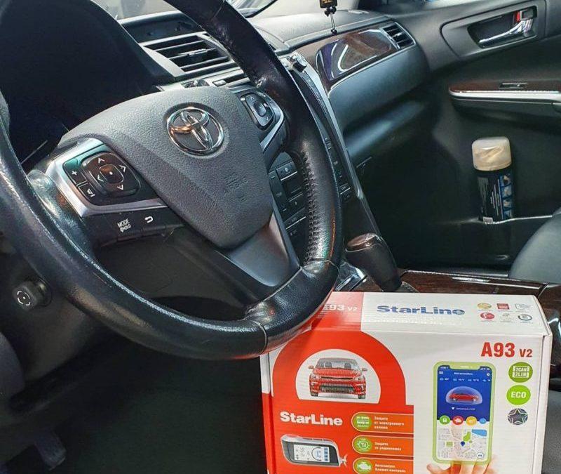 На Toyota Camry установили сигнализацию StarLine A93