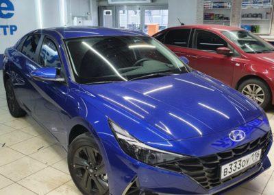 Тонировка стекол автомобиля Hyundai Elantra премиум пленкой Llumar