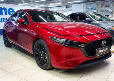 Бронирование лобового стекла автомобиля Mazda